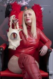 yorkshire-mistress-158